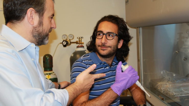 MS candidate Jawad Hoballah, at right, received a Pratt BME Master's Student Research Fellowship to support his research.