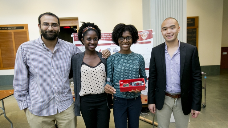 students with senior design project